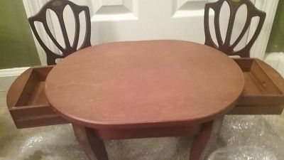 AG caroline table and chairs
