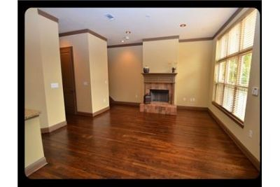 3 bedrooms Apartment - Welcome to Park Brownstones.