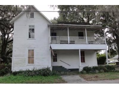 4 Bed 2 Bath Foreclosure Property in Lake City, FL 32025 - SE Camp St