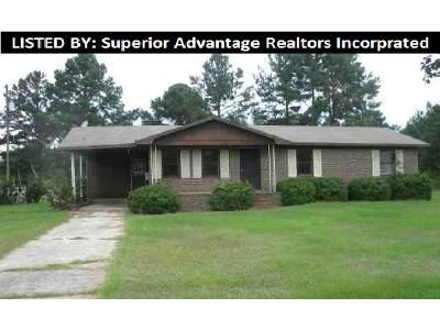 3 Bed 1.5 Bath Foreclosure Property in Reynolds, GA 31076 - Hicks Rd