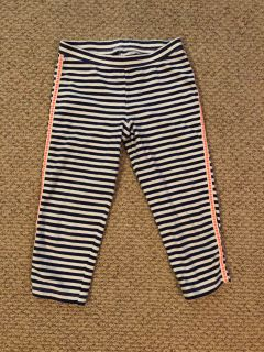 CAT & JACK girls navy/white 10/12 Capri pants. Coral on the sides.