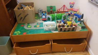 Train table w/ drawers, track, trains and accessories