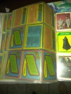 Vintage topps star wars card collection.. 74 cards