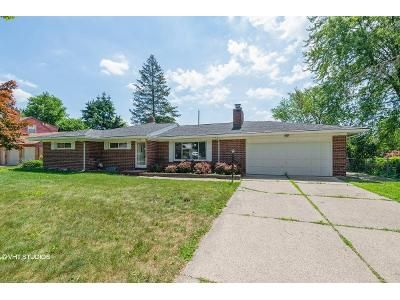 4 Bed 1.5 Bath Foreclosure Property in Lansing, MI 48915 - Mcpherson Ave