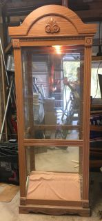 Curio Cabinet with light and 4 glass shelves