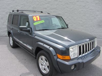 2007 Jeep Commander Limited (Green)