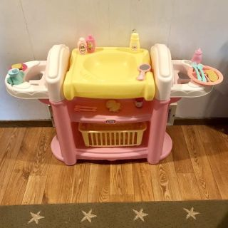 Little Tikes Baby Doll Care Center