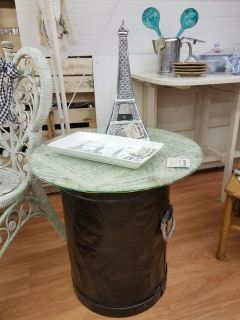 Amazing up-cycled table