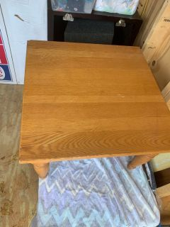 Small end table / coffee table