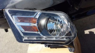 Buy 2010 2011 2012 FORD MUSTANG LEFT DRIVER HEADLIGHT OE HALOGEN motorcycle in Compton, California, United States, for US $100.00