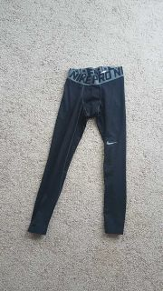 Nike pro tight pants small