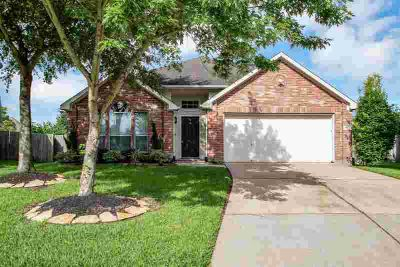 7503 Golden Thistle Lane CYPRESS Three BR, Beautifully maintained