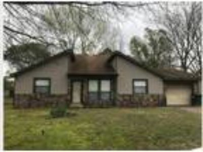 181 Meadowick Dr., Jacksonville AR 72076 - Nice and affordable Three BR Two BA 5