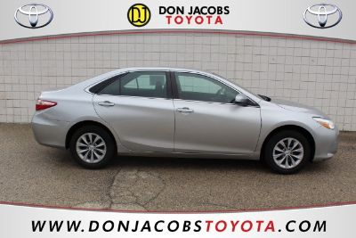 2016 Toyota Camry L (silver)
