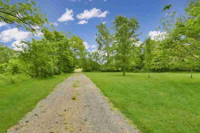 1319 Township Rd 109 Bellefontaine Four BR, 7 acres including a