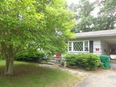 3 Bed 1 Bath Foreclosure Property in Chicopee, MA 01020 - Dunn St