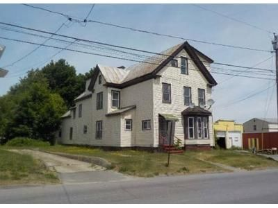 7 Bed 4.5 Bath Foreclosure Property in Waterville, ME 04901 - Oak St