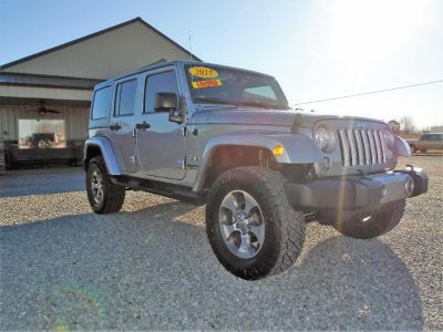 2017 Jeep Wrangler Unlimited Sahara (SILVER)