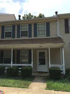 1384 Minor Ridge Crt CHARLOTTESVILLE Three BR, Spacious townhouse