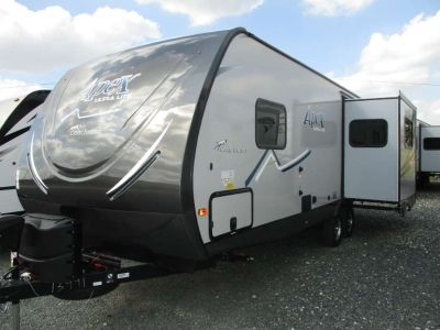 2018 Coachmen Apex Ultra-Lite 250RLS