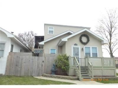 4 Bed 3 Bath Foreclosure Property in Elmwood Park, IL 60707 - W Barry Ave