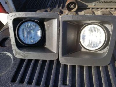 2014-15 GMC Sierra fog lights used.