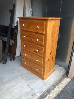 Chest and matching desk-Solid Oak-Great Condition