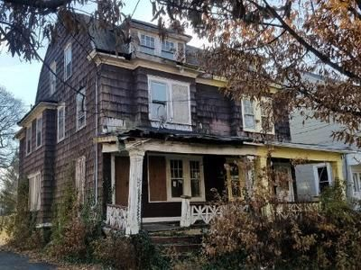 3 Bed 1 Bath Foreclosure Property in Trenton, NJ 08618 - Hillcrest Ave