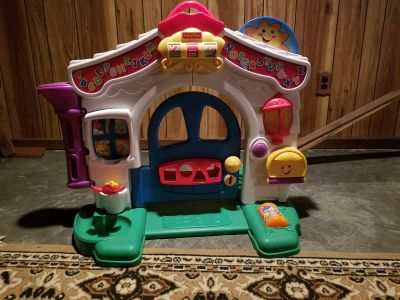 Crawl and play house w