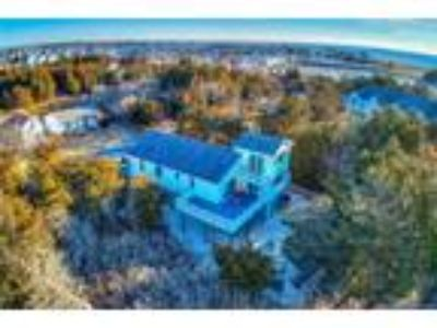 Custom Built Home in Secluded Peaceful Setting, WOW!