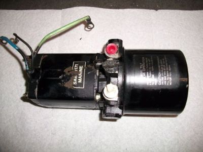 Purchase Mercury 225 , 275hp Outboard Motor Tilt Trim Pump, Motor & Reservoir Assy motorcycle in Independence, Missouri, United States, for US $125.00