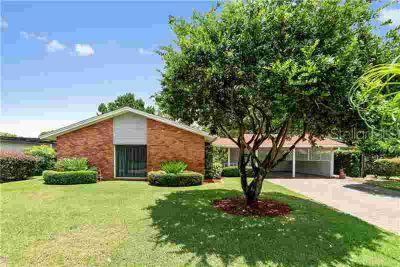 414 S Ranger Boulevard WINTER PARK Three BR, Welcome Home to