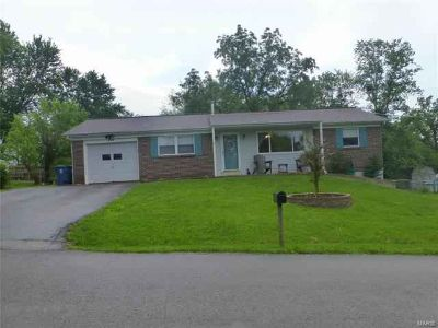 124 Valley Hillsboro, Welcome to this Cute Three BR