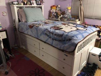 White Captain s bed - twin