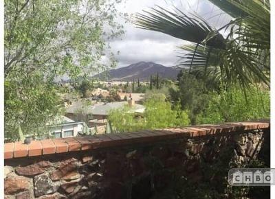 $2100 2 townhouse in West El Paso