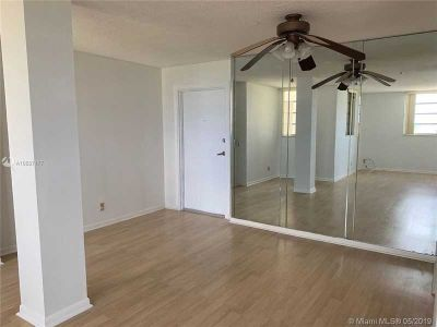 1811 Jefferson St 603 Hollywood, THIS IS IT