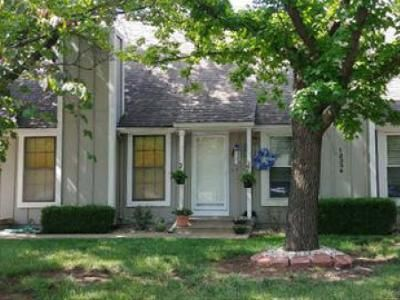 2 Bed 1.5 Bath Foreclosure Property in Overland Park, KS 66210 - W 107th Ter