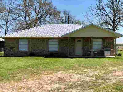 10502 State Highway 21 Midway, This charming Three BR
