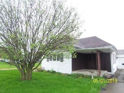 3 Bed 1.5 Bath Foreclosure Property in Bluffton, IN 46714 - Lancaster St
