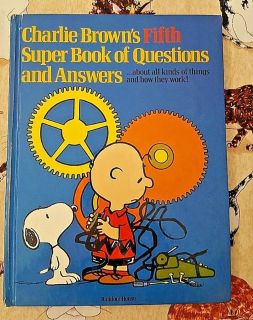 RARE Vintage 1981 Charlie Brown's 5th Super Book of Questions & Answers Hard Cover