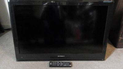 "Dynex 32"" HDTV With Remote (Works As A Computer Monitor)"