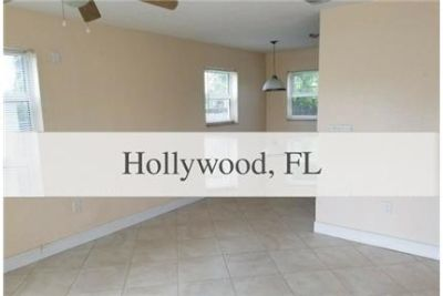 COME RENT THIS CHARMING 3 BEDROOM 1 BATH HOME IN HOLLYWOOD.