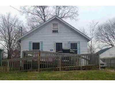 2 Bed 1 Bath Foreclosure Property in Lansing, MI 48911 - Valencia Blvd
