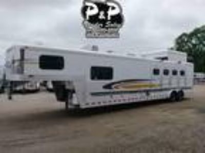 2004 Elite Trailers 4 Horse with 14' Short Wall 4 horses