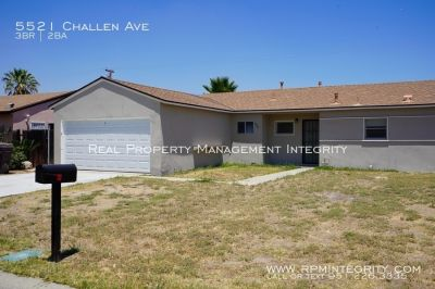 3 bed 2 bath single story home available for immediate rent!