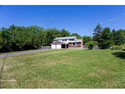 4 Bed 2 Bath Foreclosure Property in Windsor, CT 06095 - Maythorpe Dr