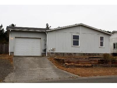 3 Bed 2 Bath Foreclosure Property in Coos Bay, OR 97420 - Stillwater Dr