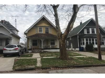 3 Bed 1 Bath Preforeclosure Property in Toledo, OH 43606 - Prospect Ave