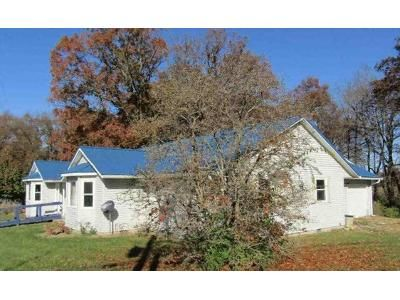 3 Bed 2 Bath Foreclosure Property in Linton, IN 47441 - N 1230 W