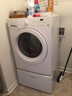 Washer/dryer with pedistals 5 years old washer he. Pickup Portland
